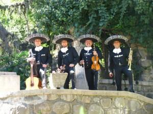 mariachis en el dia de los enamorados 02-7279788
